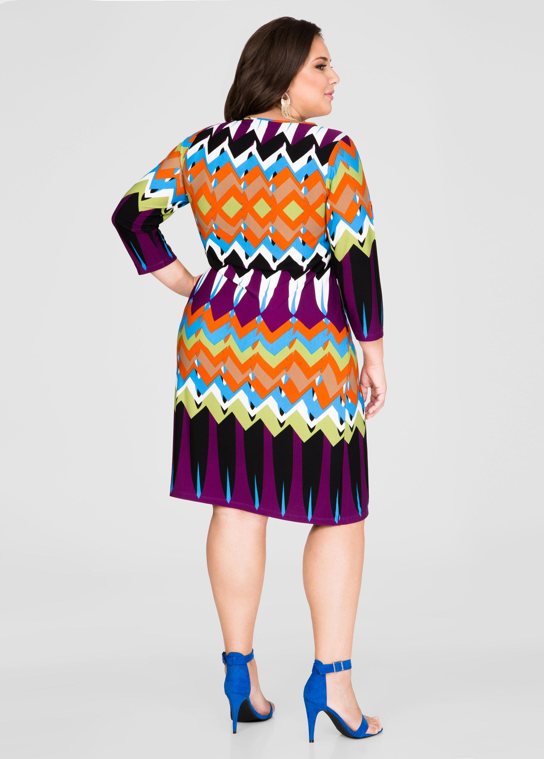 Geo Chain Lace-Up Tunic Dress