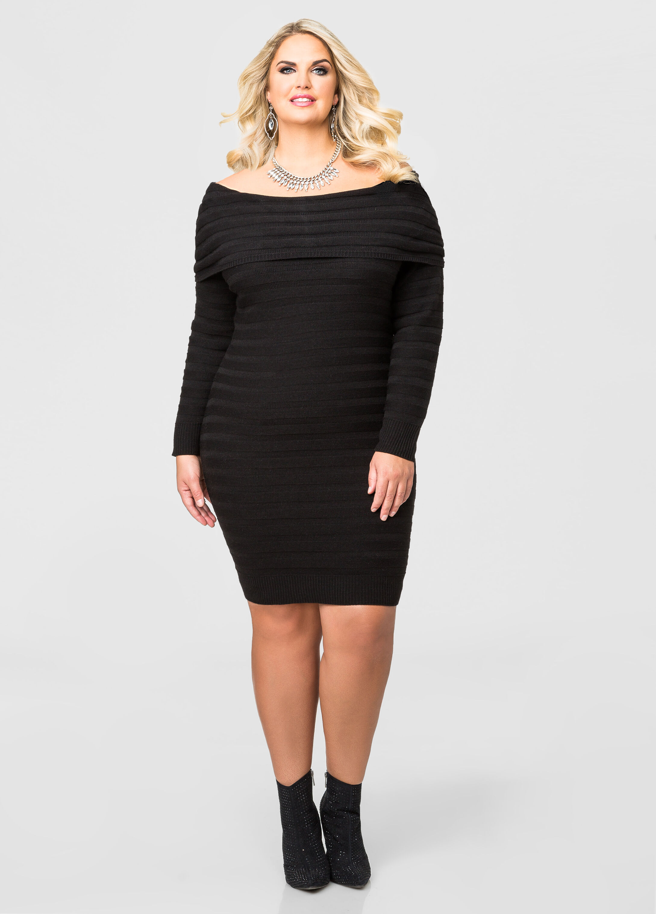 Shop Rainbow for plus size sweaters. Find the latest styles at prices that won't bust your budget. We offer free shipping on orders over $50 & free returns in store.