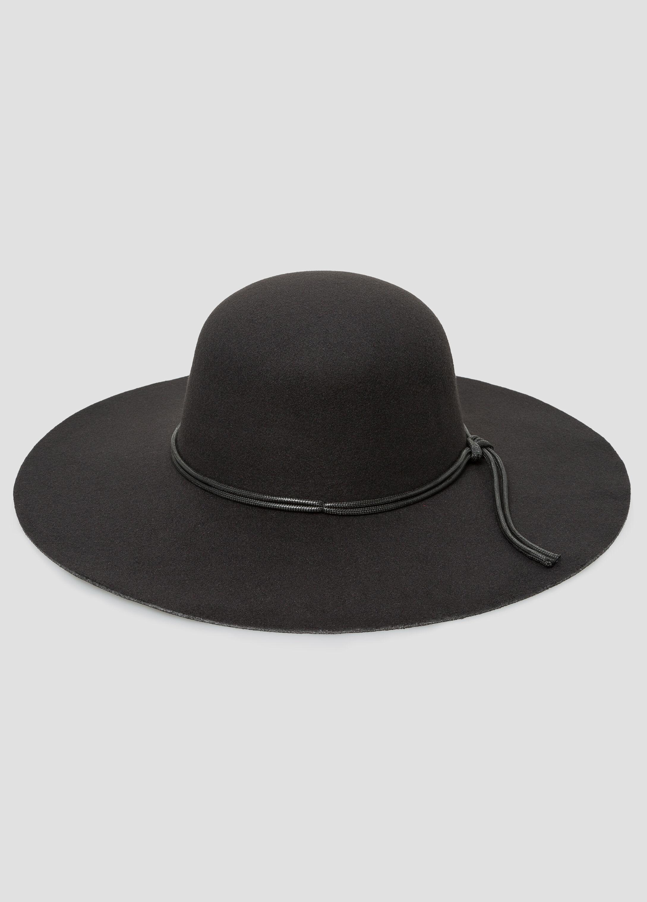 Oversized Floppy Hat