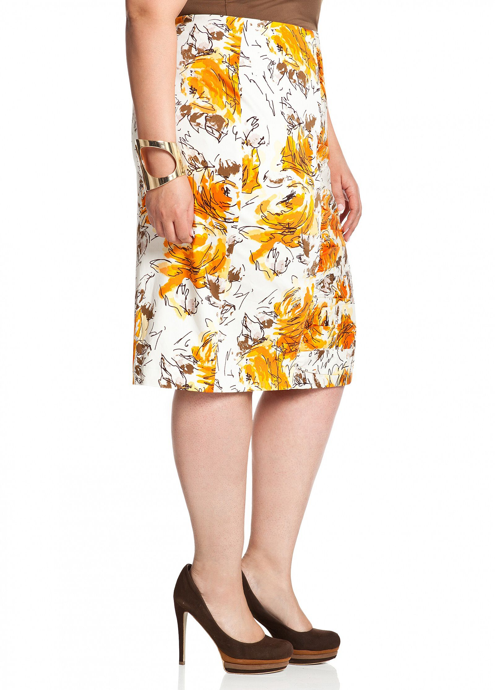 Center Ruched Accent Skirt