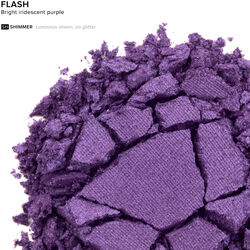 Eyeshadow in color Flash