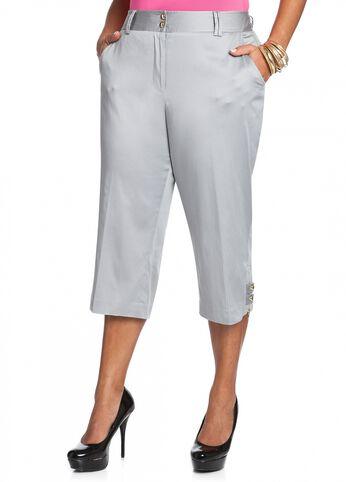 Double Snap Button Capri Pant