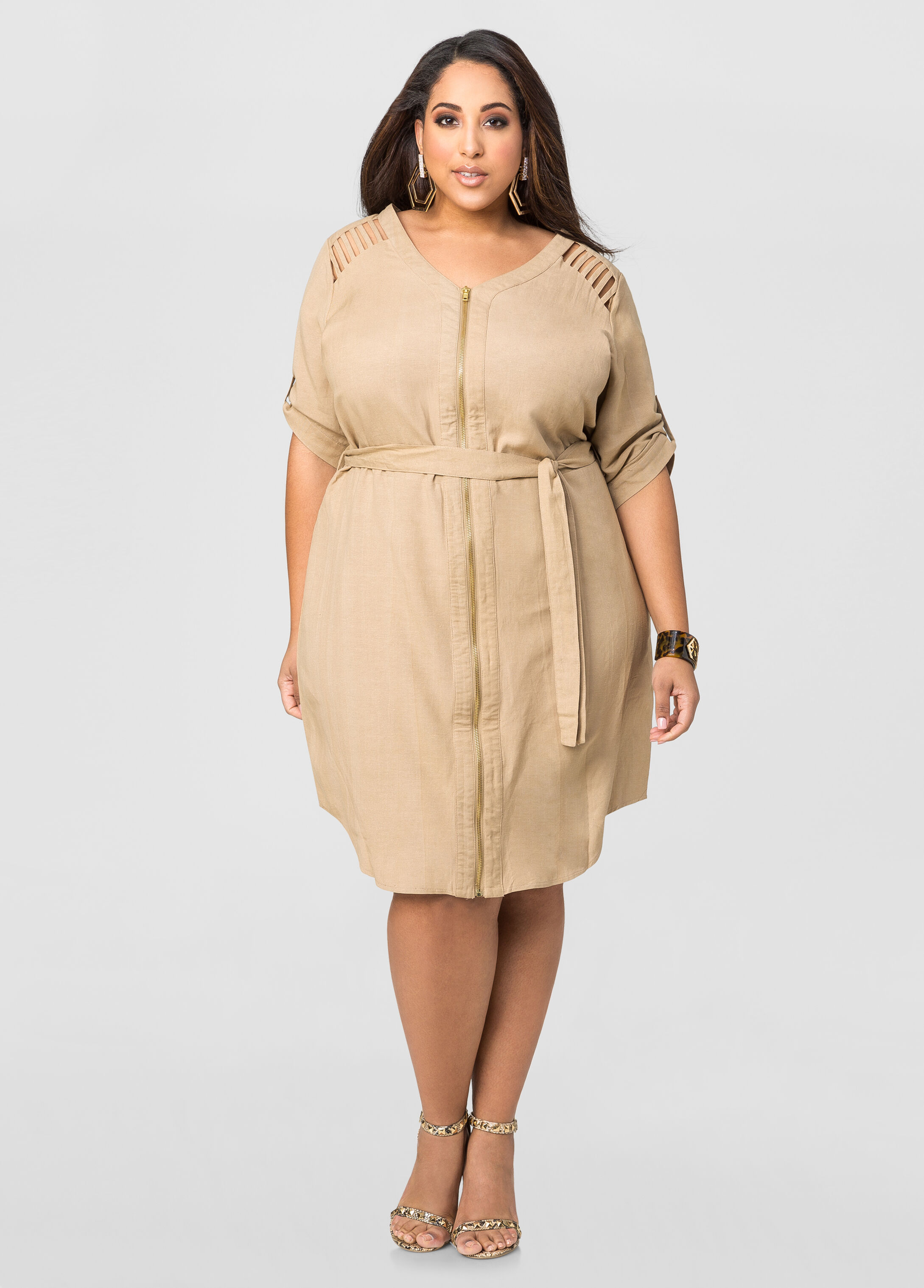 Our plus size range of quirky linen provides a wonderful contribution to creating the lagenlook