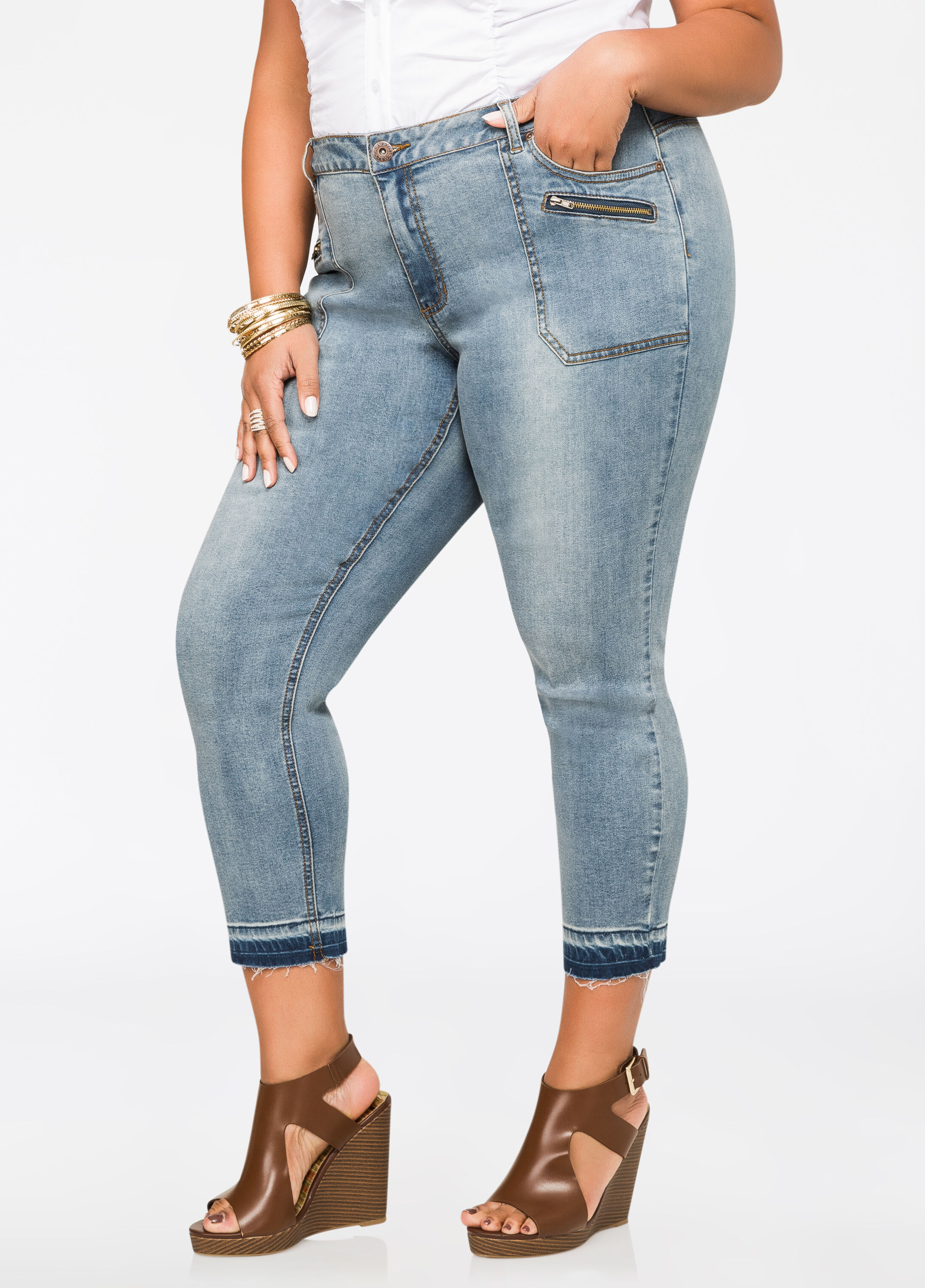Release Hem Cropped Jeans Medium Blue - Clearance