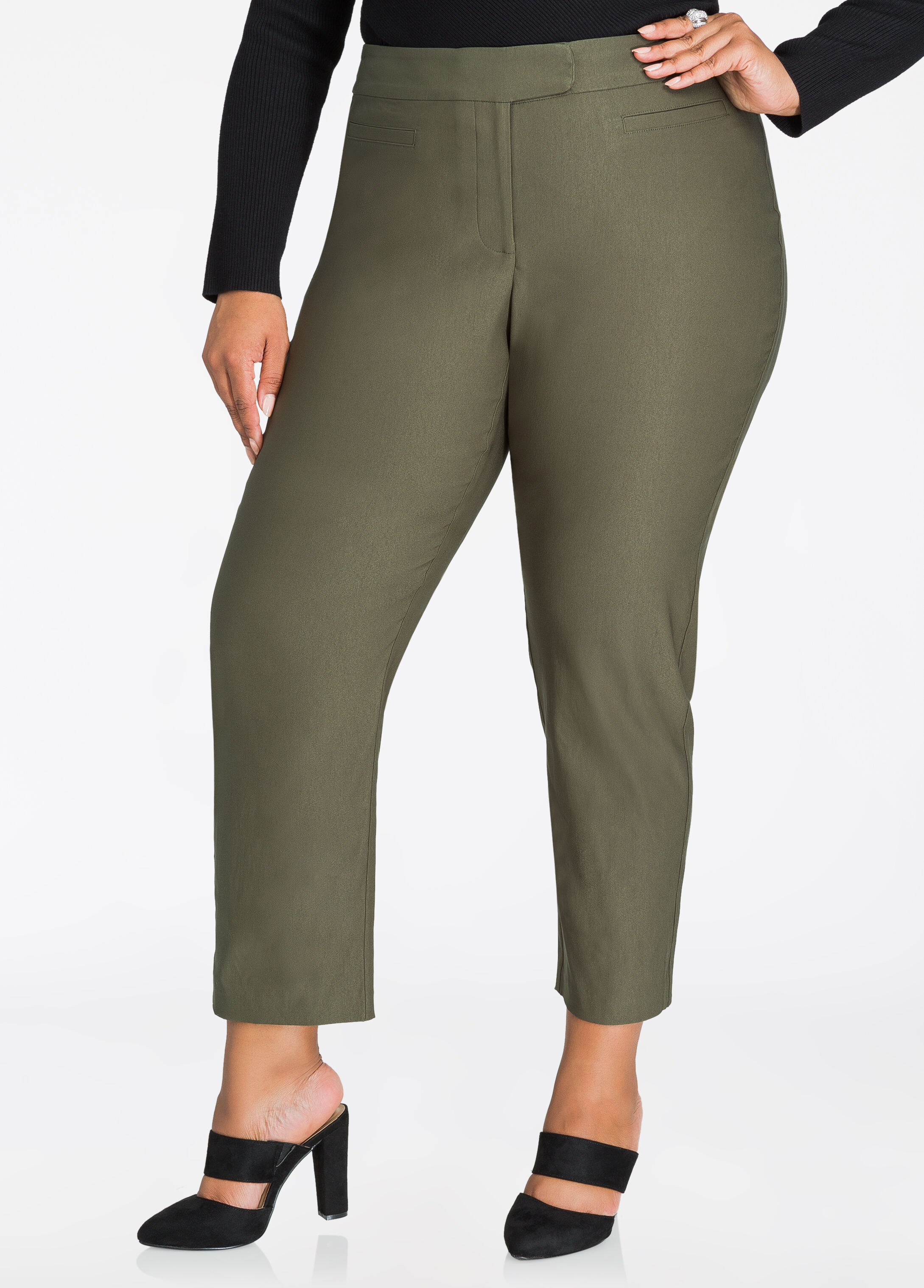Solid Deluxe Ankle Pant