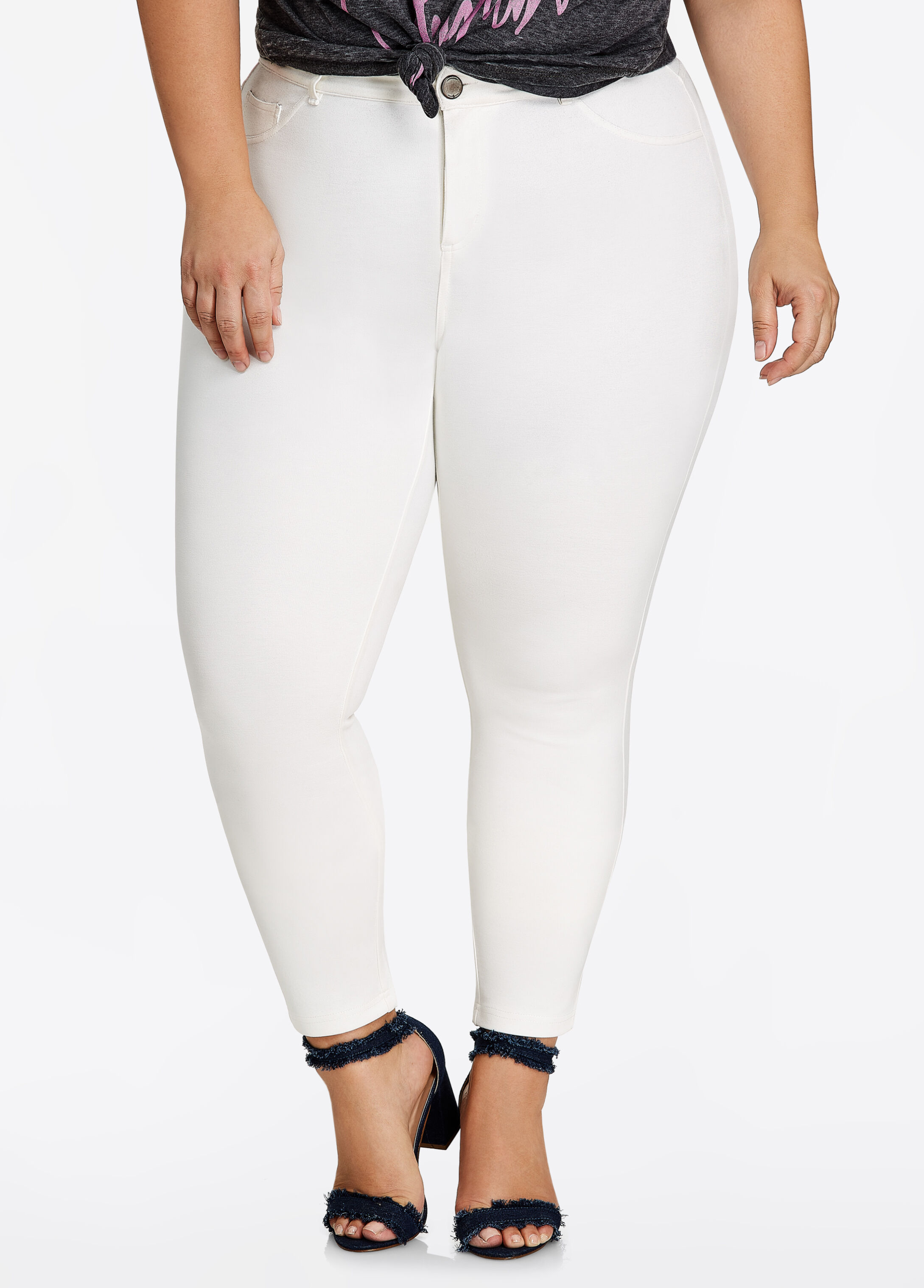 Basic 5 Pocket Ponte Skinny Pant Egg Nog - Bottoms